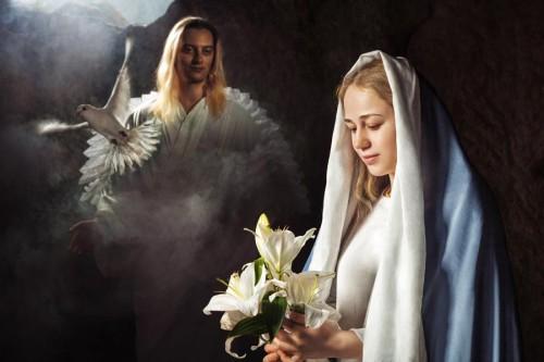 Дева Мария и ангел