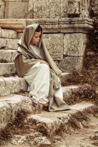 Иисус на ступеньках Храма